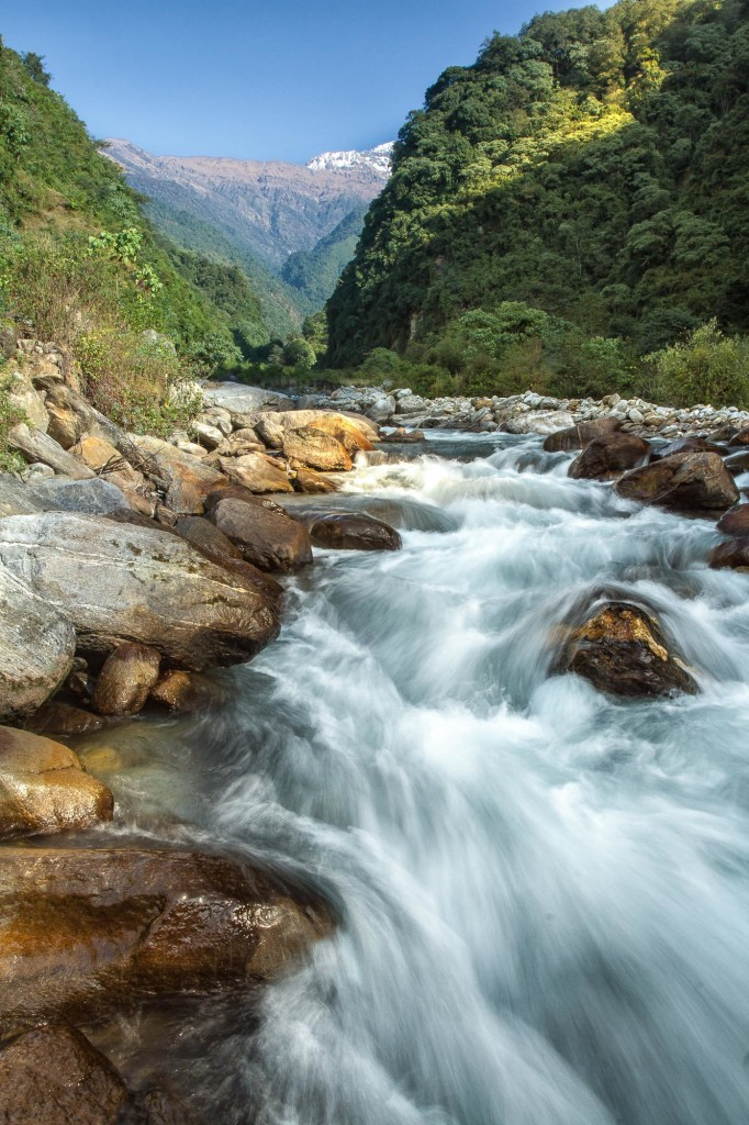 water-flow-from-nepal-mountain